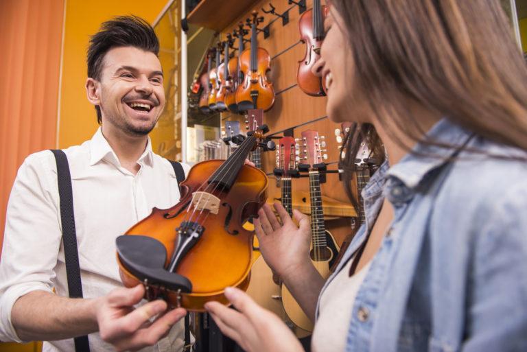 チェロの楽器レンタル